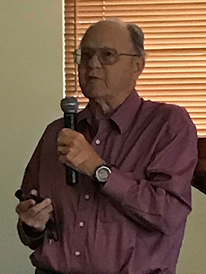 Dick Carlson presents to Catalina Rotary