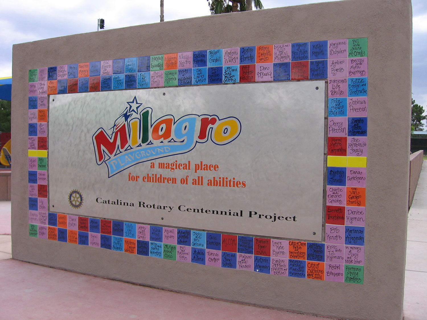 Milagro Playground Walk