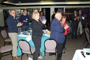A standing ovation for Governor Joe